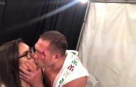Kubrat Pulev kisses american reporter (VIDEO)