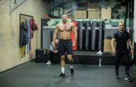 Badr Hari leaves coach Mike Passenier